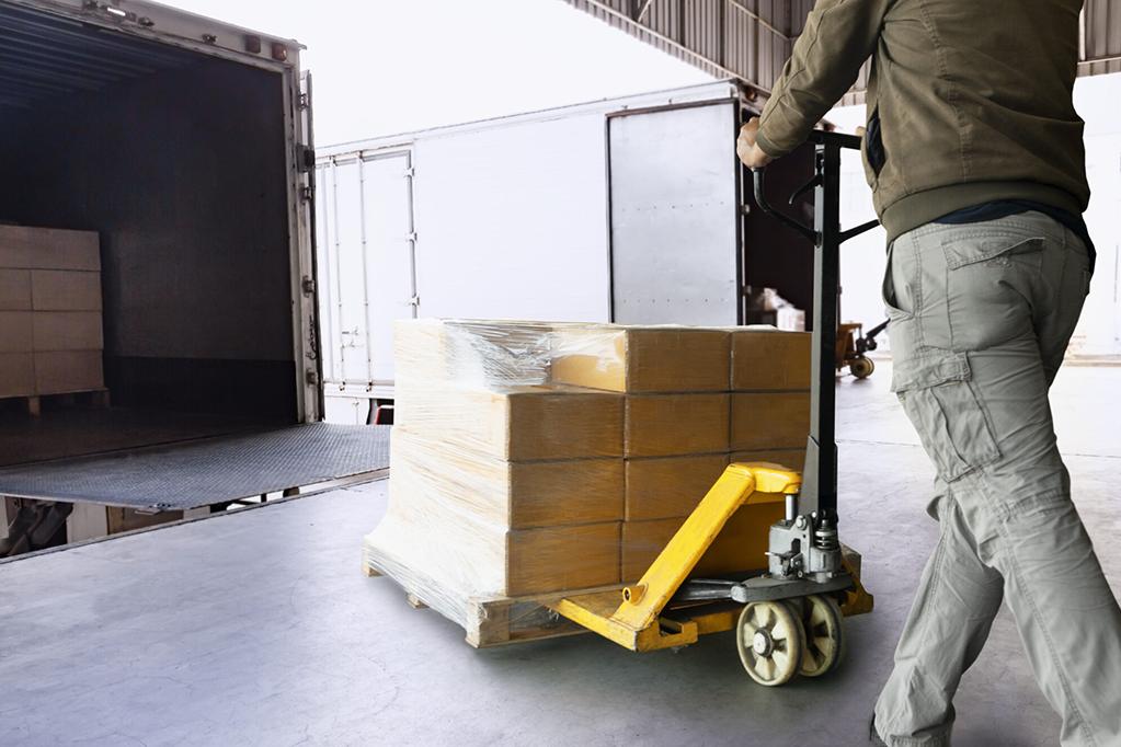 Tipos de Caminhões: Saiba qual é o ideal para cada tipo de carga.
