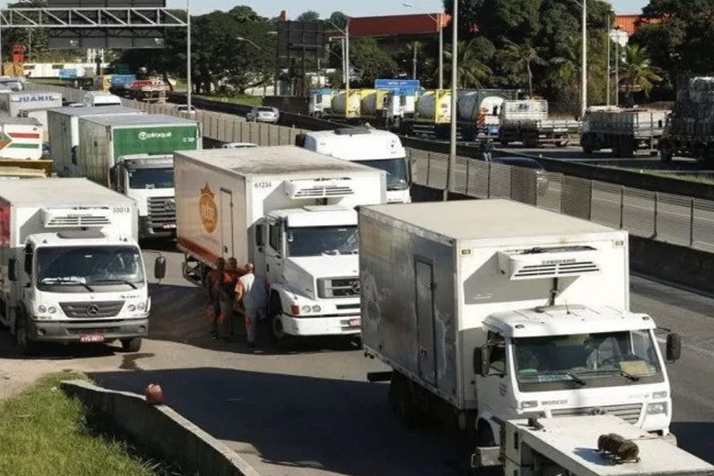 Na contramão da crise, setor de logística não para de contratar